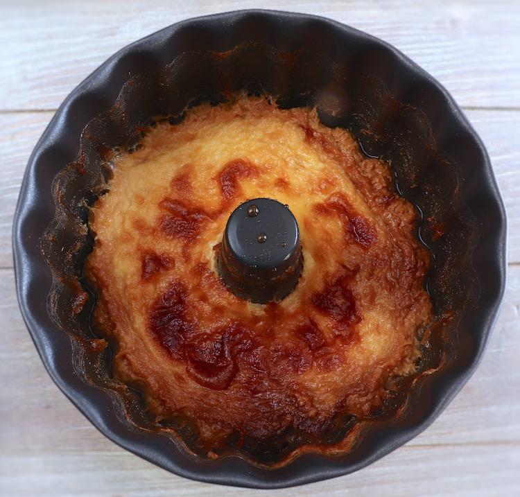 Flan on a pudding mold