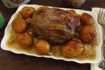 Roast veal on a platter