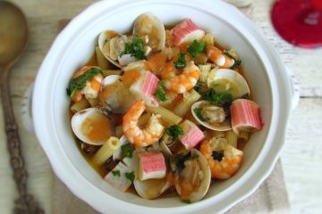 Seafood pasta (Portuguese style) on a tureen