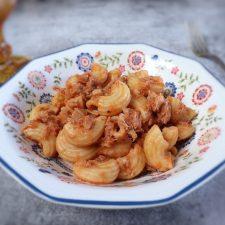 Tuna macaroni on a dish bowl