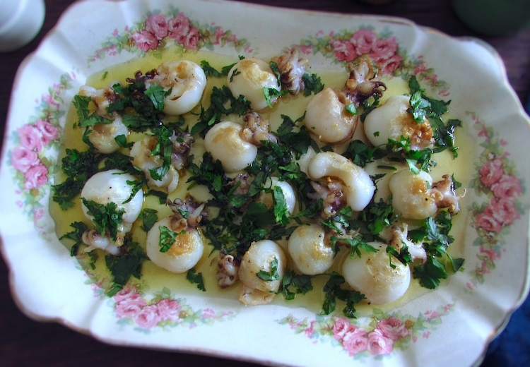 "Cuttlefish ""à algarvia"" on a platter"