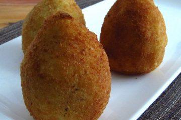 Stuffed potato with meat on a platter