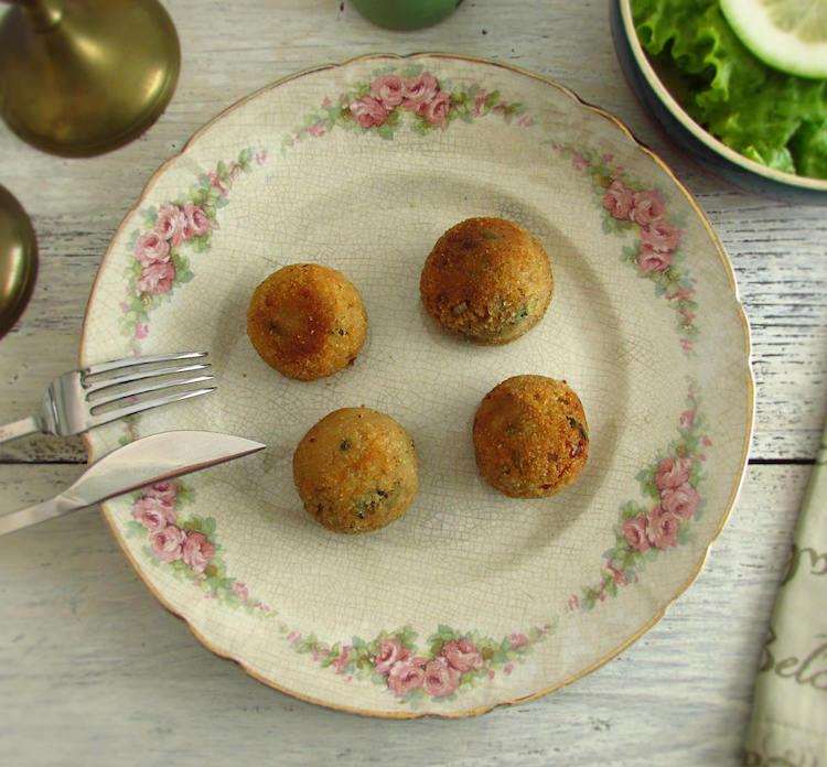 Bolinhas de atum | Food From Portugal