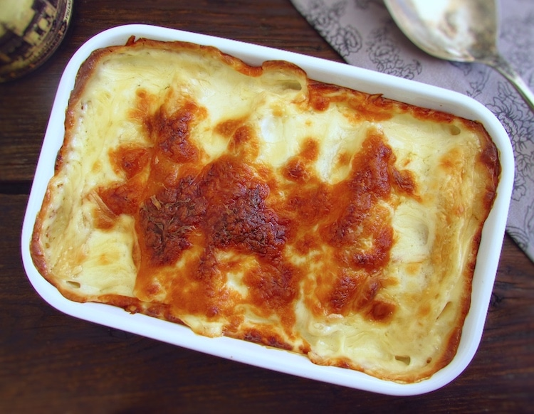 Meat cannelloni on a baking dish