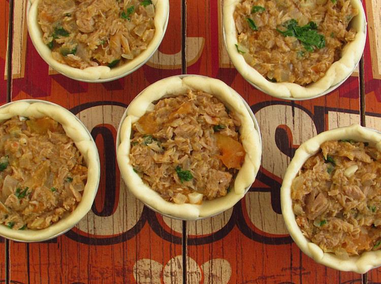 Mini pies filled with tuna mixture