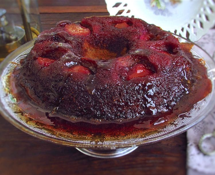 Caramelized strawberry cake on a plate