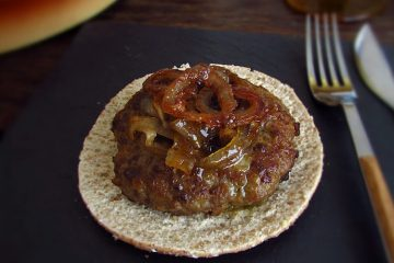 Burger with caramelized onion with bread