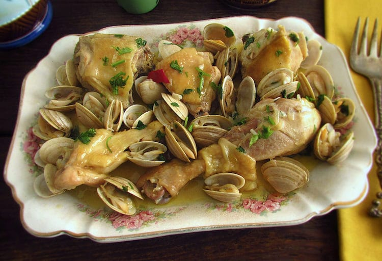 Chicken with clams on a platter