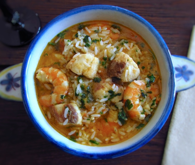 Dogfish stew with rice and shrimp on a tureen