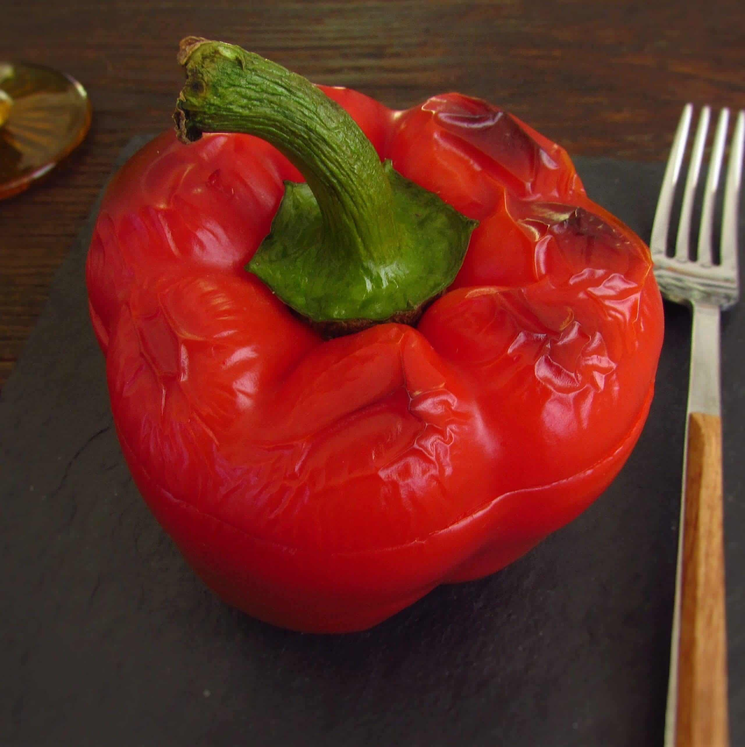 Stuffed peppers with minced meat in the oven