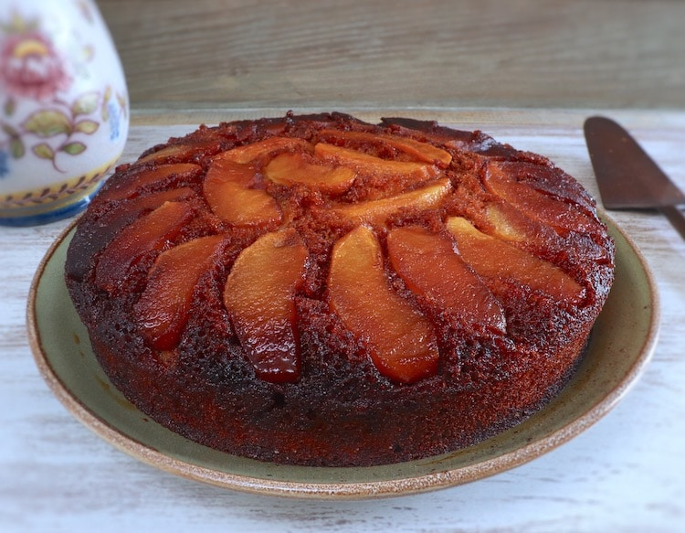 Caramelized apple cake on a plate