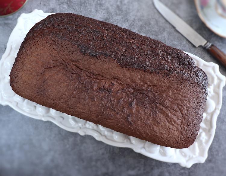 Cocoa cake on a rectangular platter