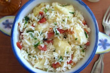 Fish rice with chouriço on a tureen