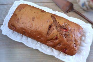 Strawberry cake on a platter