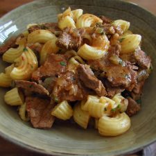 Beef macaroni on a dish bowl