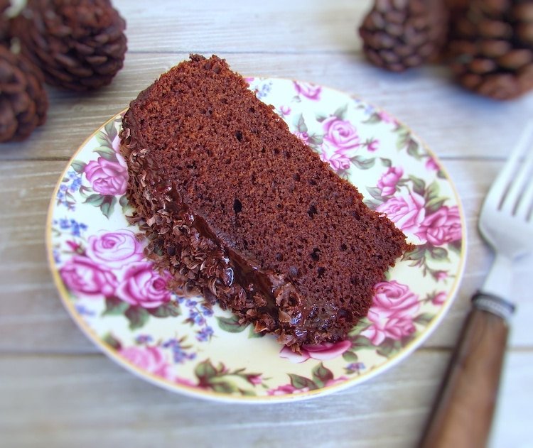 Chocolate and butter cake | Food From Portugal