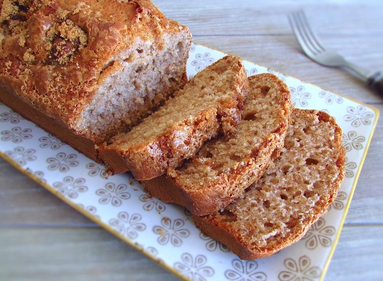 Banana and cinnamon cake | Food From Portugal