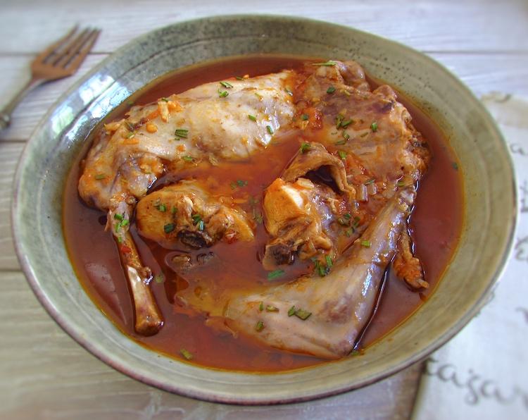 Coelho guisado com especiarias | Food From Portugal