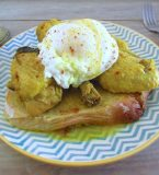 Stewed chicken with poached eggs