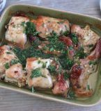 Rabbit in the oven with homemade sauce