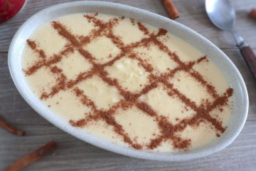 Creamy rice pudding on a oval bowl